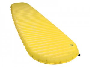13212_thermarest_neoair_xlite_lemoncurry_womens_regular_angle